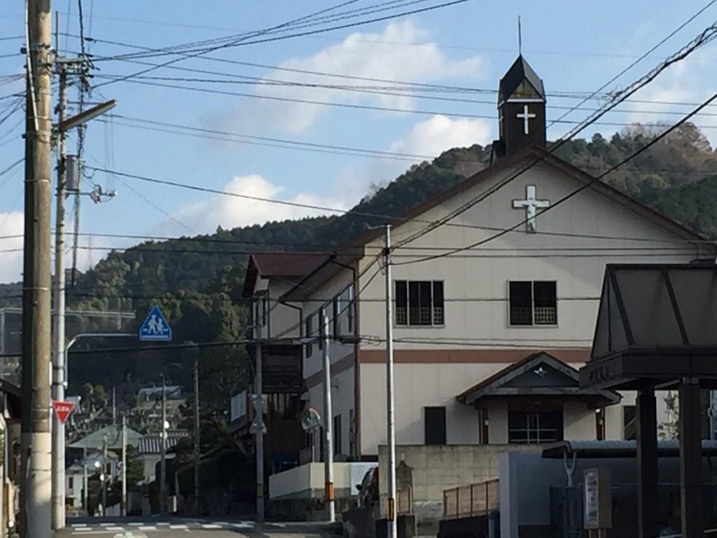 鶴城幼稚園近く