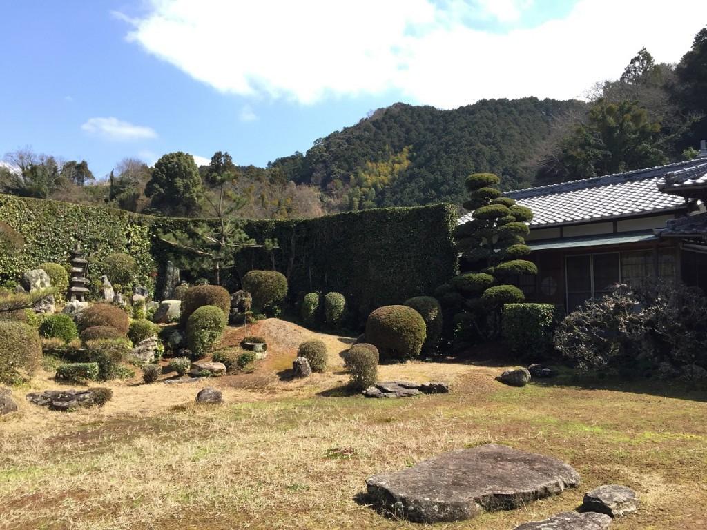 西江寺の庭園3