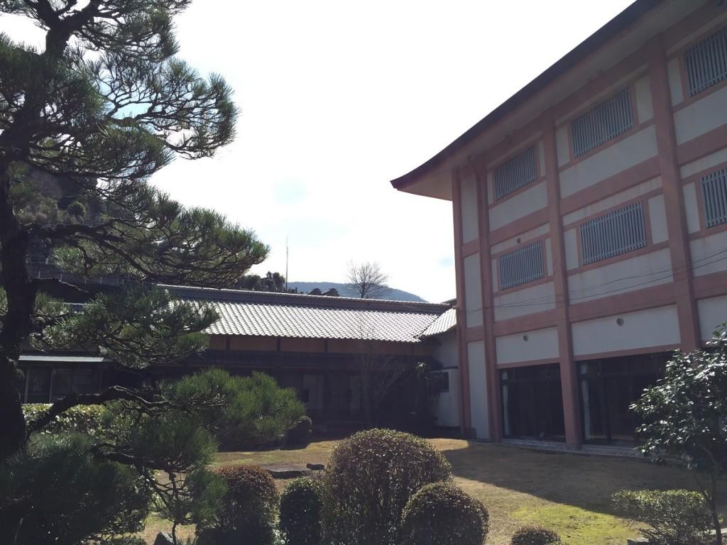西江寺の庭園1